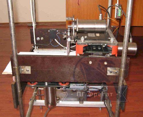 Трехкоординатный манипулятор на вентильных электроприводах фото №1